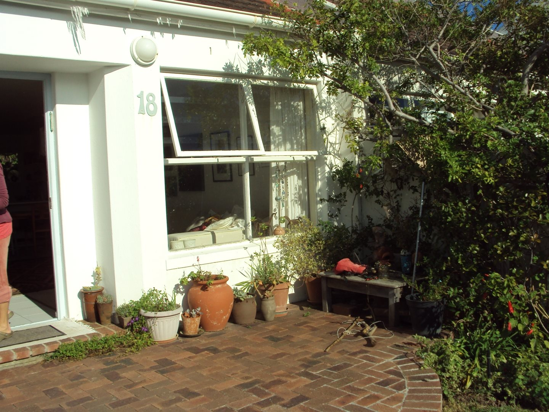 Fish Hoek, Fish Hoek Property  | Houses To Rent Fish Hoek, Fish Hoek, House 2 bedrooms property to rent Price:, 12,00*