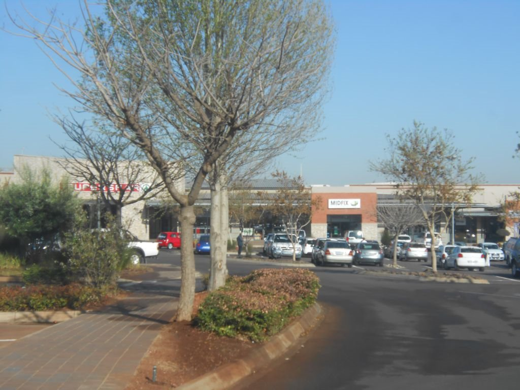 Midstream Ridge Estate property for sale. Ref No: 13394333. Picture no 3