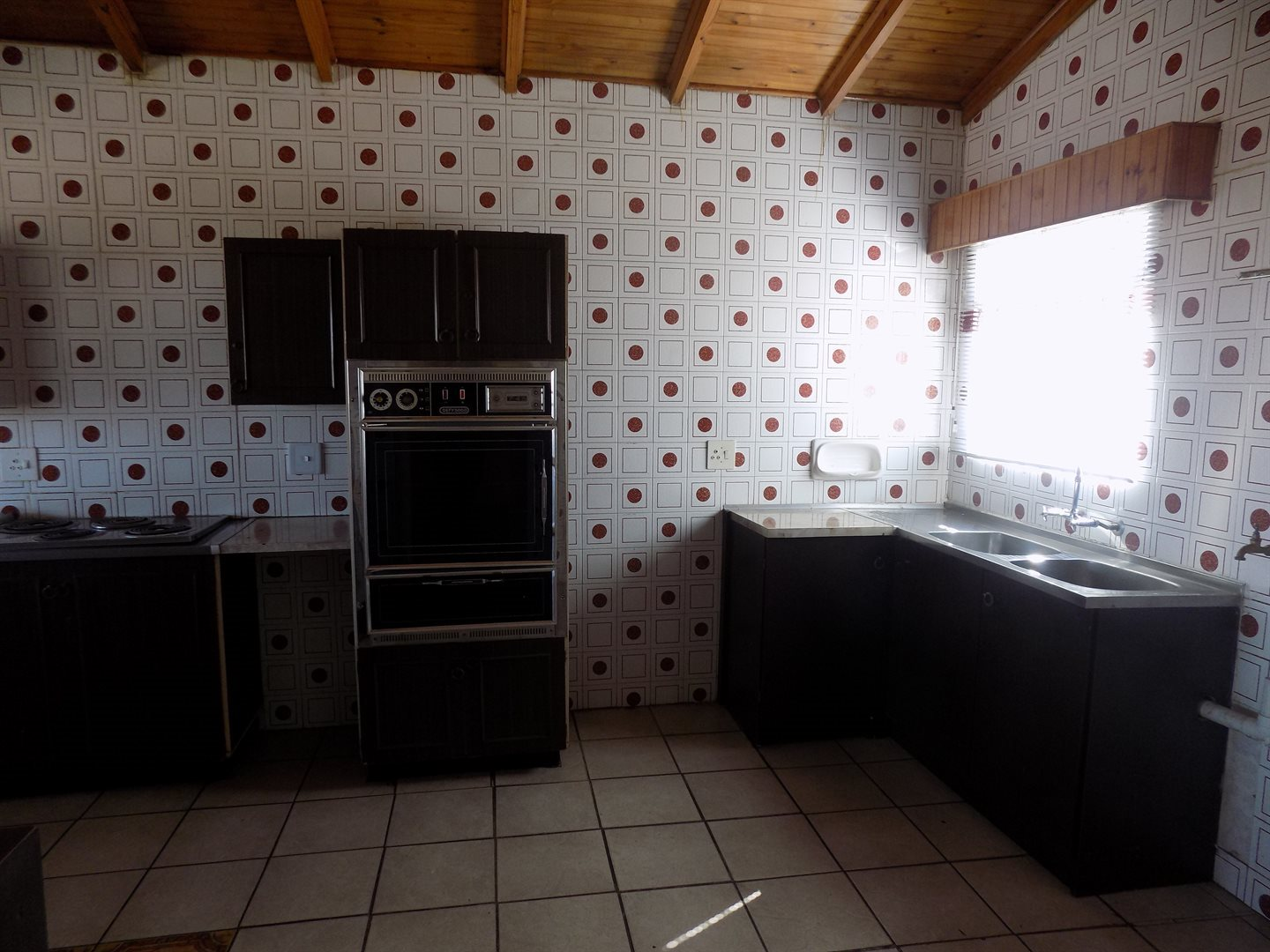 Laudium property for sale. Ref No: 13520957. Picture no 3