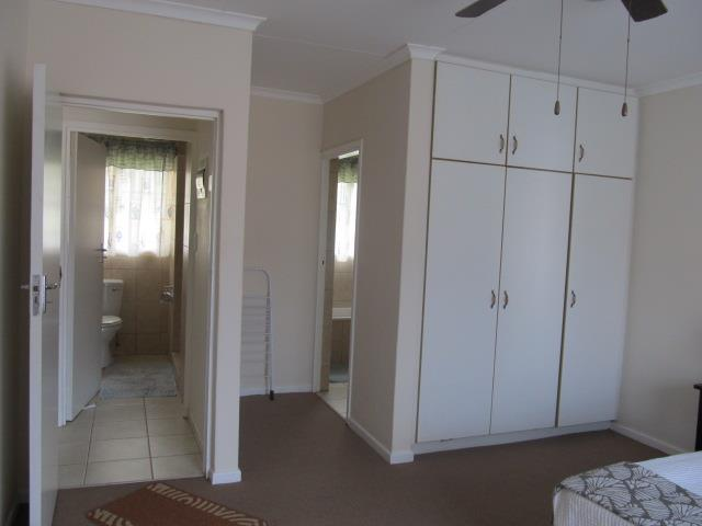 Shelly Beach property for sale. Ref No: 12737178. Picture no 10