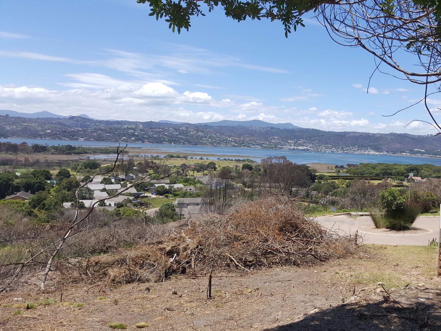 Brenton On Lake property for sale. Ref No: 13569633. Picture no 2