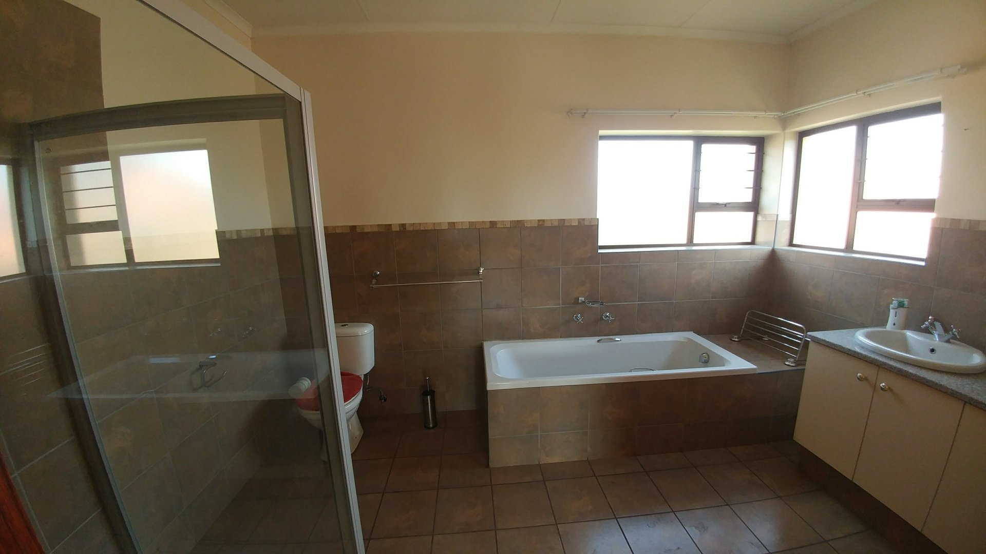 Die Hoewes property for sale. Ref No: 13605057. Picture no 26
