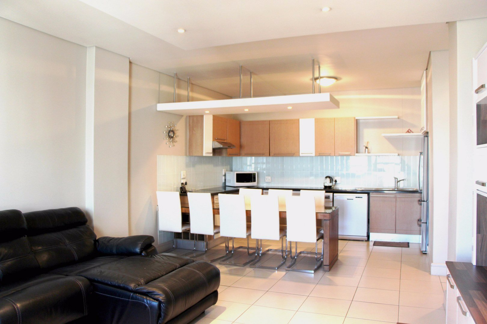 Property to Rent by Amy Pepler, Townhouse, 2 Bedrooms - ZAR , 20,00*,M