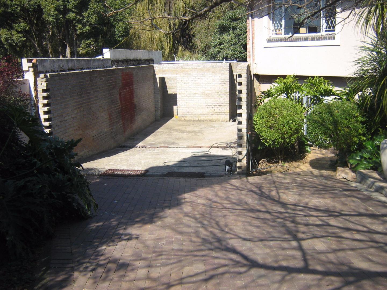 Mondeor property for sale. Ref No: 13525767. Picture no 2