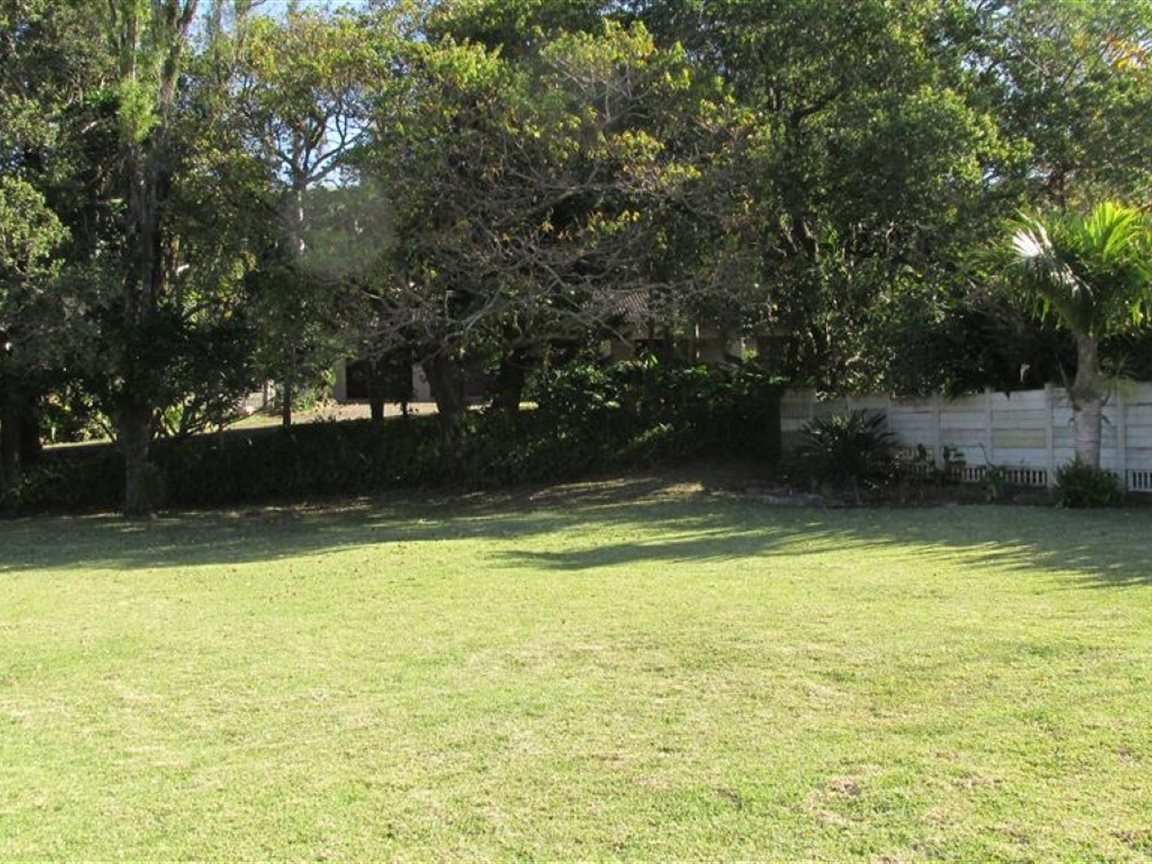 Umtentweni property for sale. Ref No: 13371290. Picture no 24