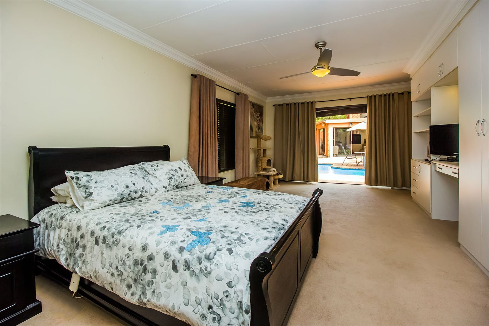 Waterkloof Heights property for sale. Ref No: 13538019. Picture no 11