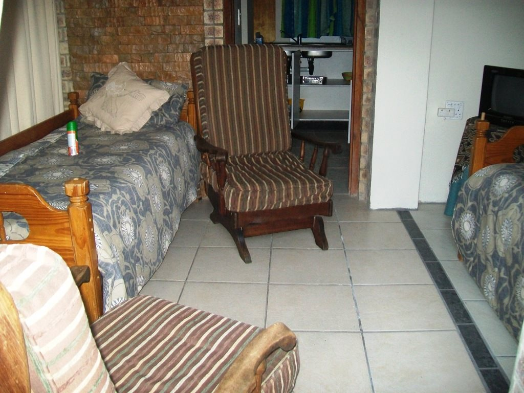 Uvongo property for sale. Ref No: 12759466. Picture no 20