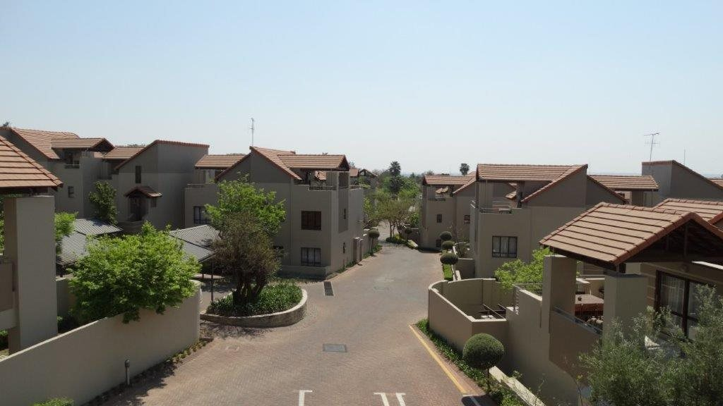 Fourways property to rent. Ref No: 13533114. Picture no 2