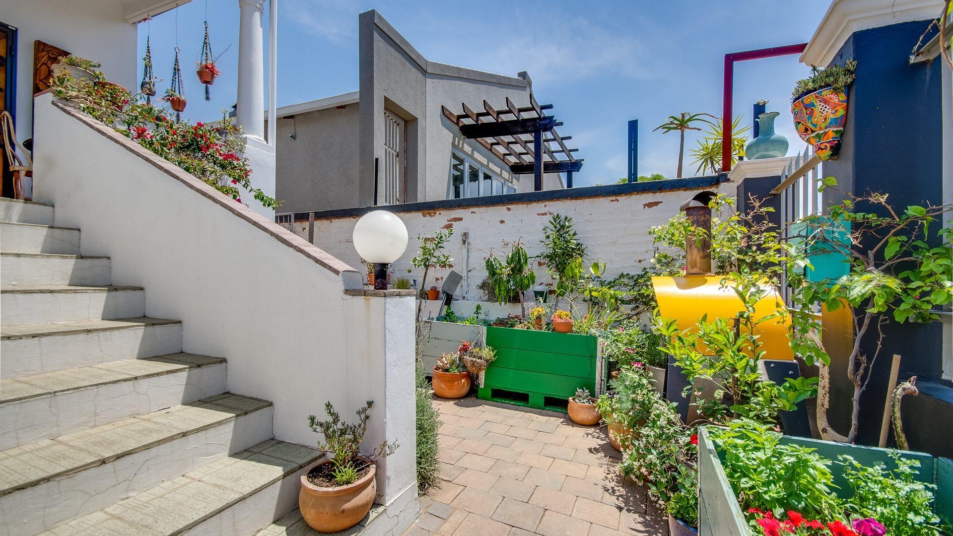Orange Grove property for sale. Ref No: 13551072. Picture no 23