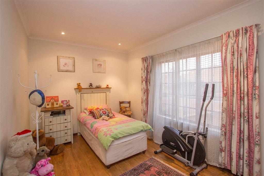 Craigavon property for sale. Ref No: 13257681. Picture no 15