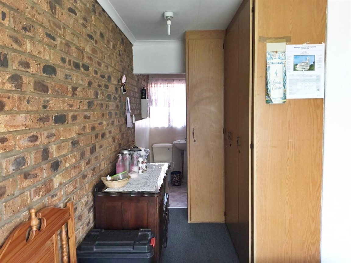 Krugersdorp North property for sale. Ref No: 13402342. Picture no 10