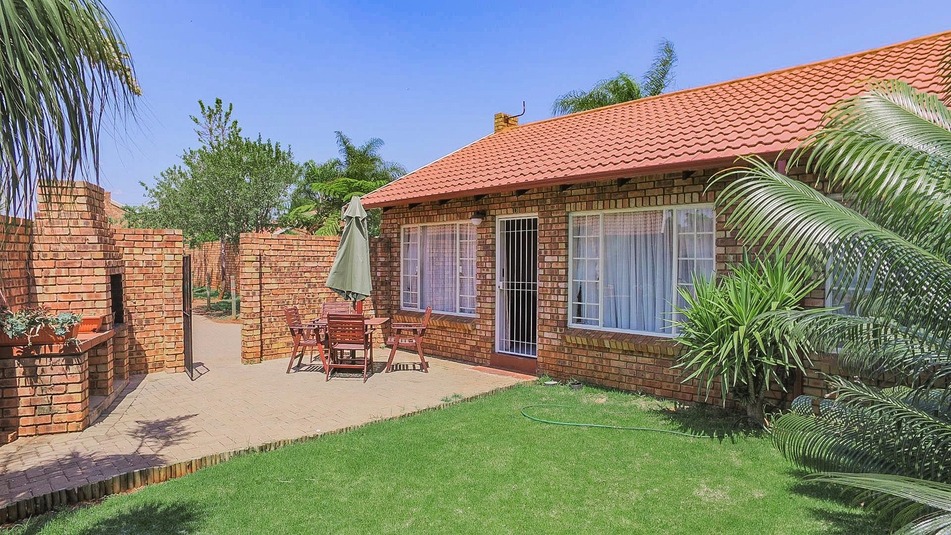 Highveld property for sale. Ref No: 13542050. Picture no 22