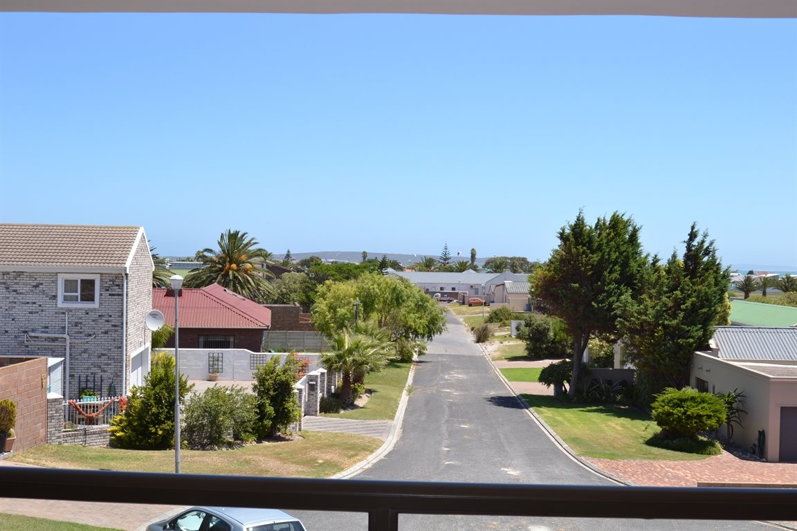 Middedorp property for sale. Ref No: 13300700. Picture no 14