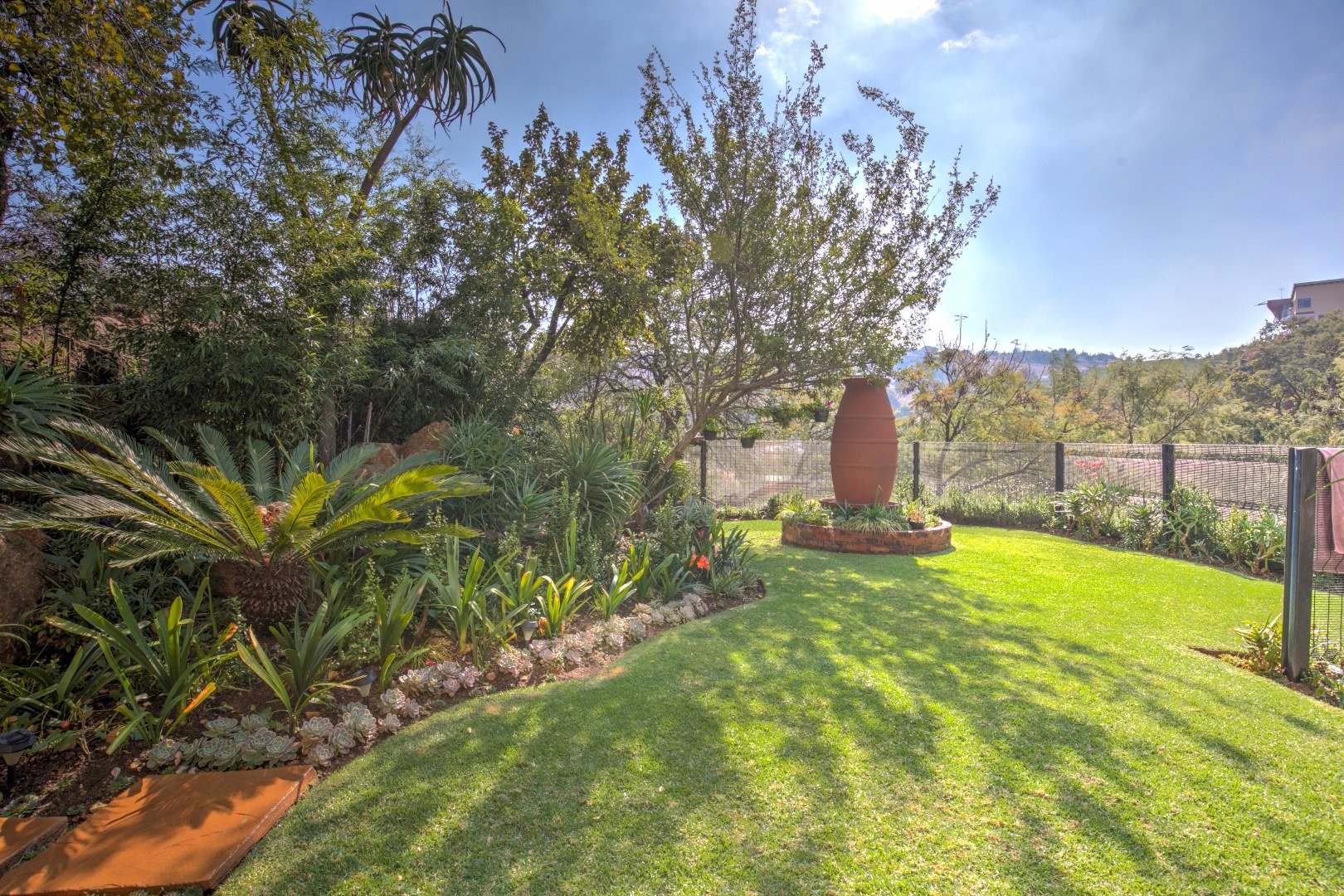 Bassonia property for sale. Ref No: 13525151. Picture no 24