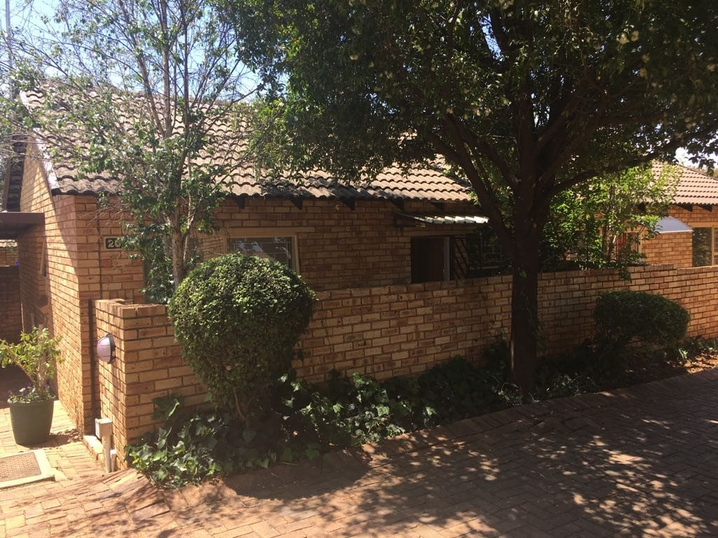 Wilgeheuwel property for sale. Ref No: 13553042. Picture no 1