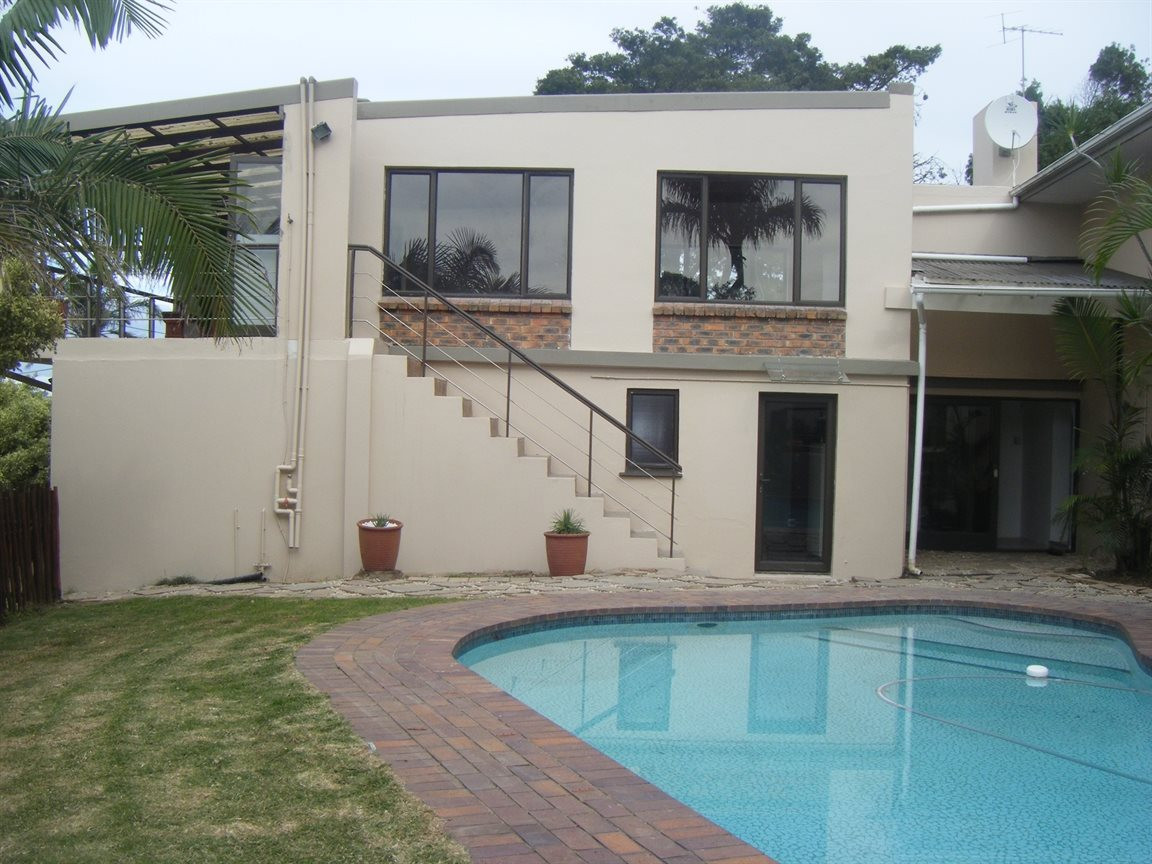 Beacon Bay property for sale. Ref No: 12799080. Picture no 4