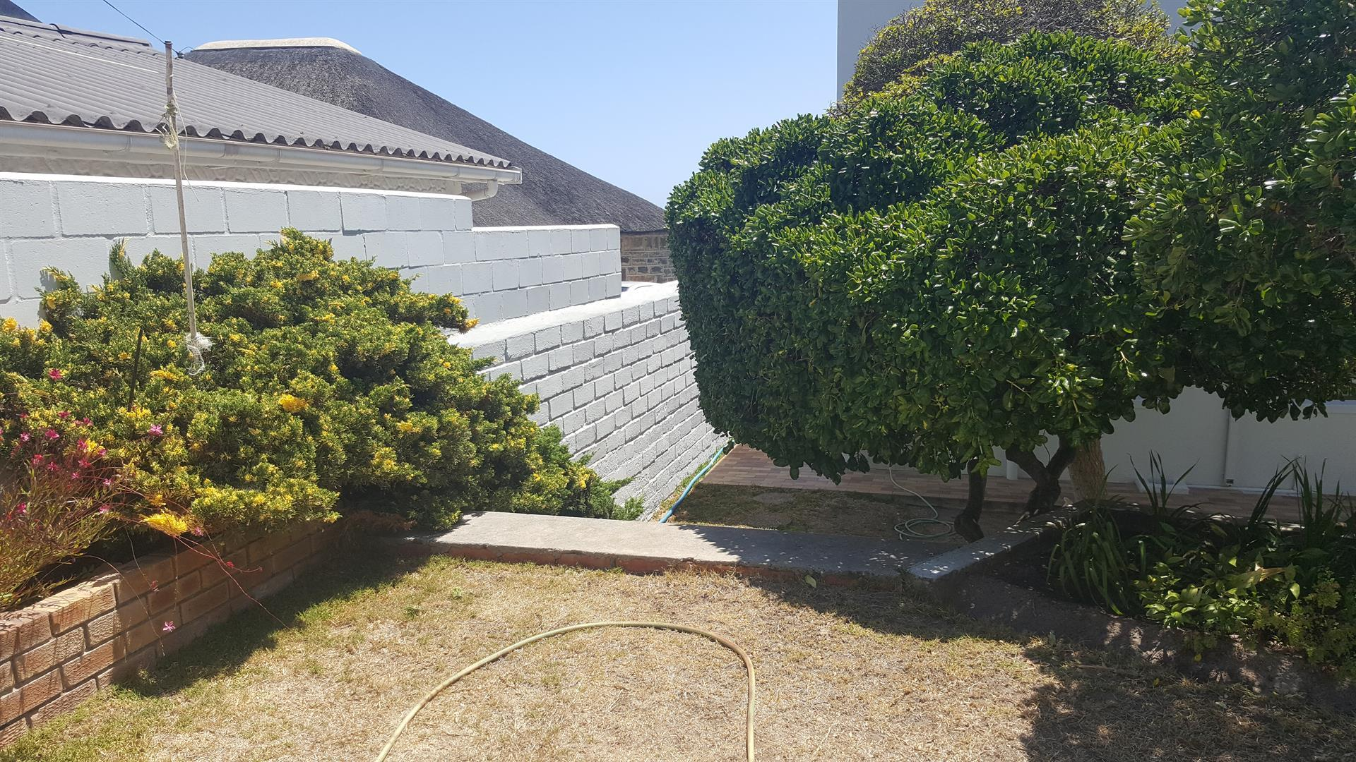 Yzerfontein property for sale. Ref No: 13454155. Picture no 43