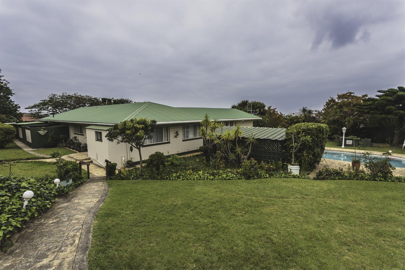 Property for Sale by DLC INC. ATTORNEYS Kerri De La Querra, House, 9 Bedrooms - ZAR 4,750,000