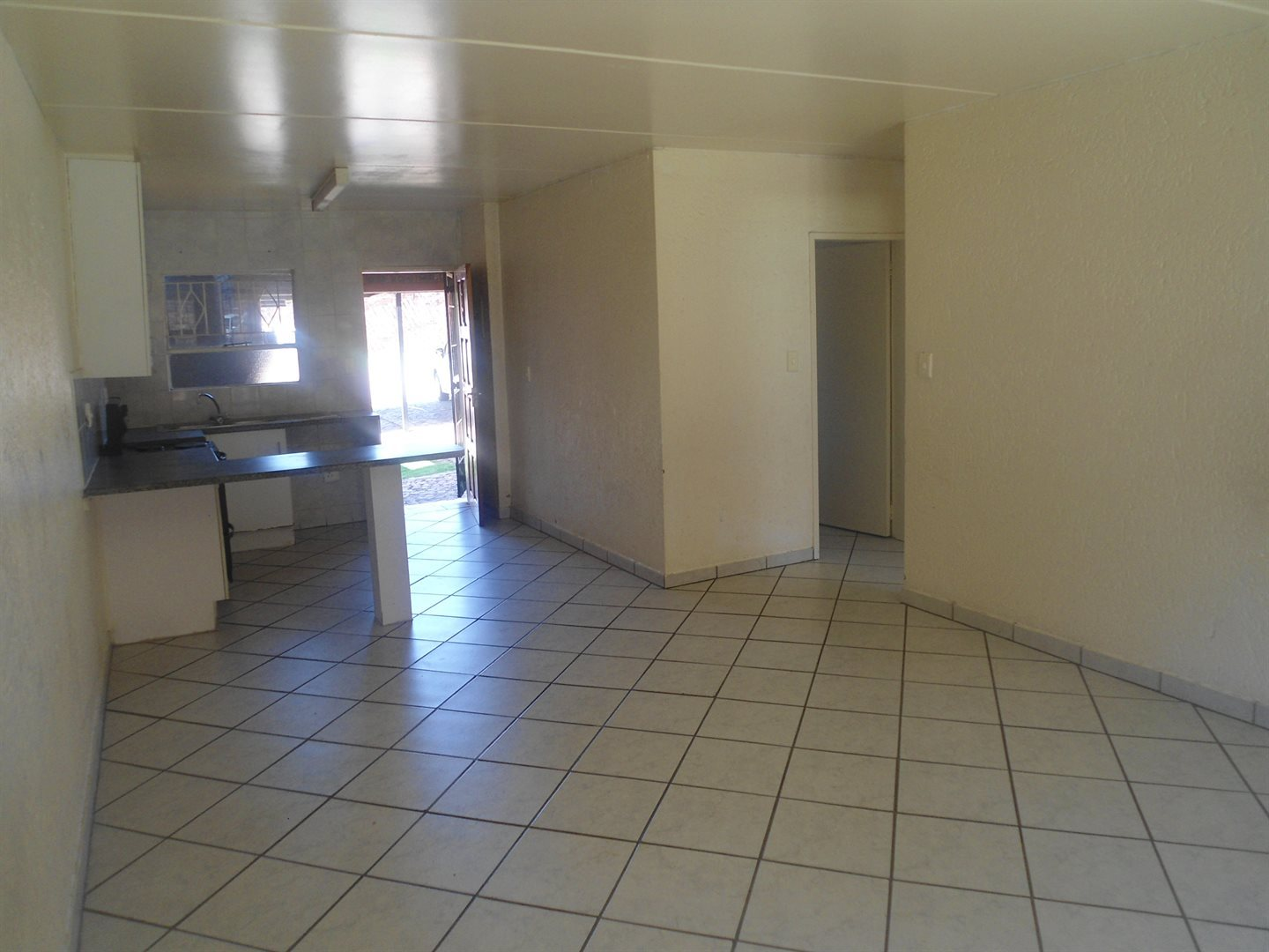 Buccleuch property to rent. Ref No: 13550619. Picture no 3