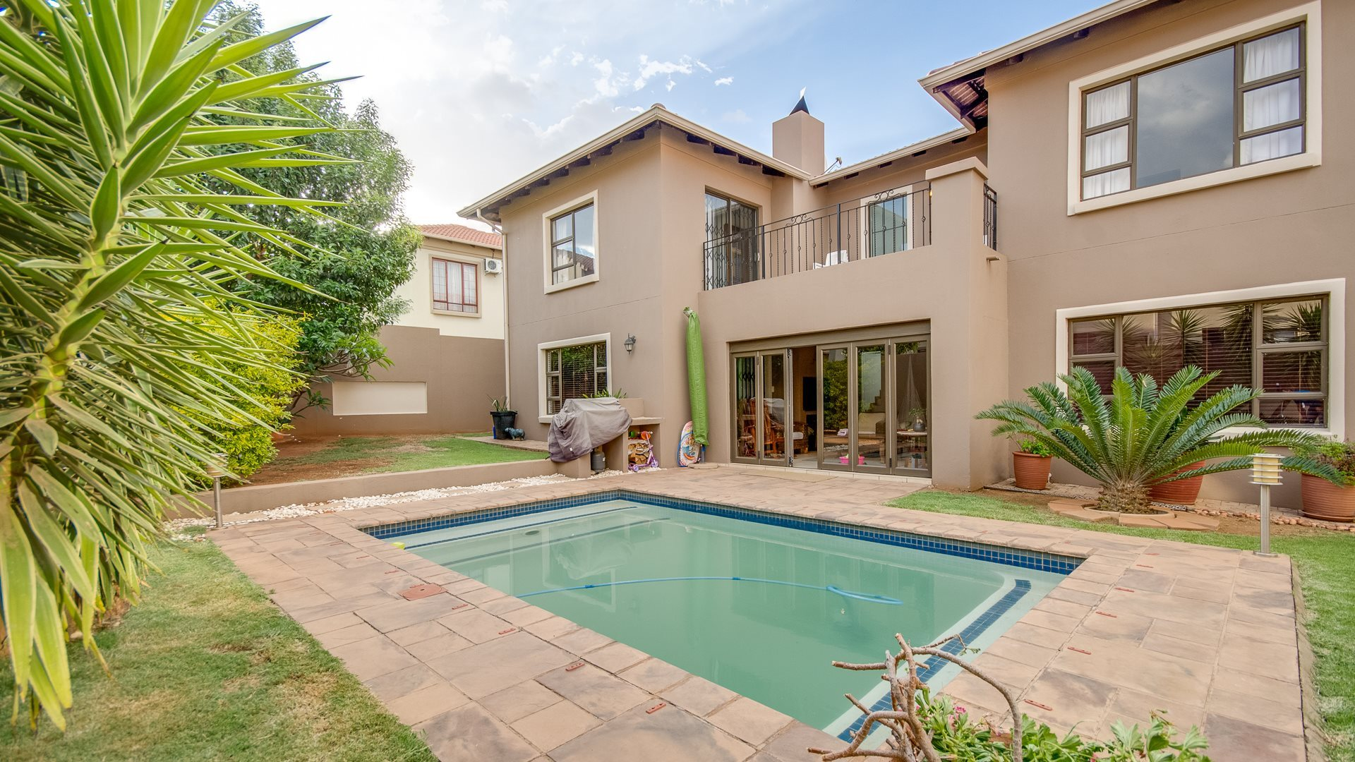 Roodepoort, Honeydew Ridge Property  | Houses For Sale Honeydew Ridge, Honeydew Ridge, House 3 bedrooms property for sale Price:2,495,000