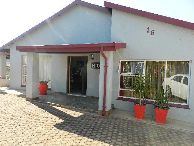 Krugersdorp, Kenmare Property    Houses For Sale Kenmare, Kenmare, House 3 bedrooms property for sale Price:1,495,000