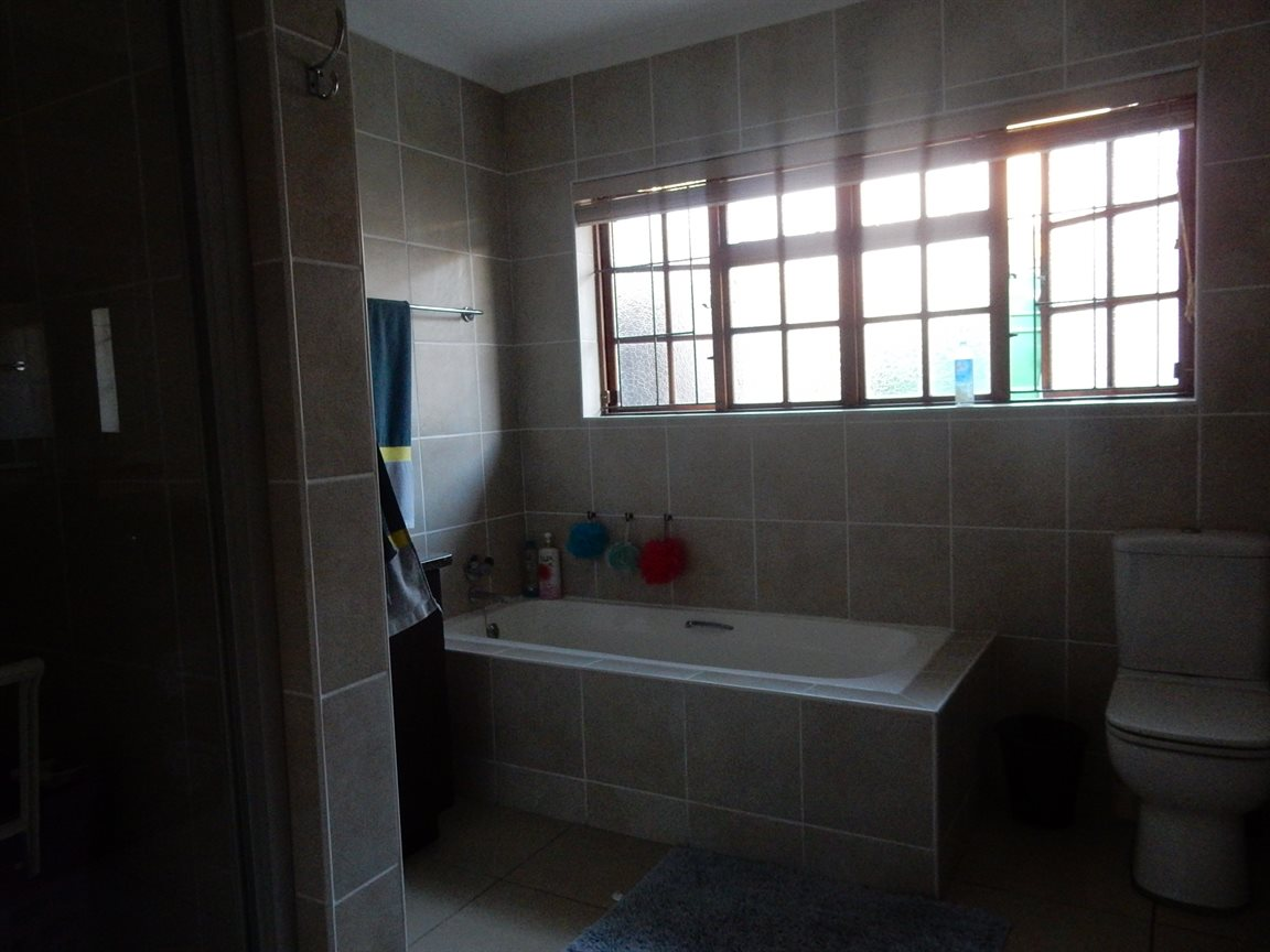 Richards Bay property to rent. Ref No: 13313246. Picture no 13