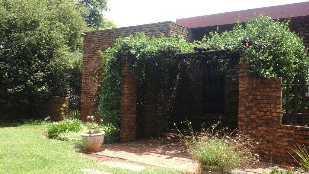 Vanderbijlpark Ce for sale property. Ref No: 13328458. Picture no 10
