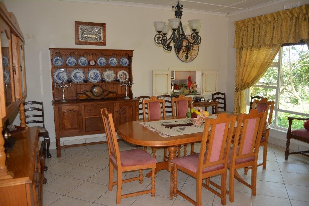 Uvongo property for sale. Ref No: 13323562. Picture no 15