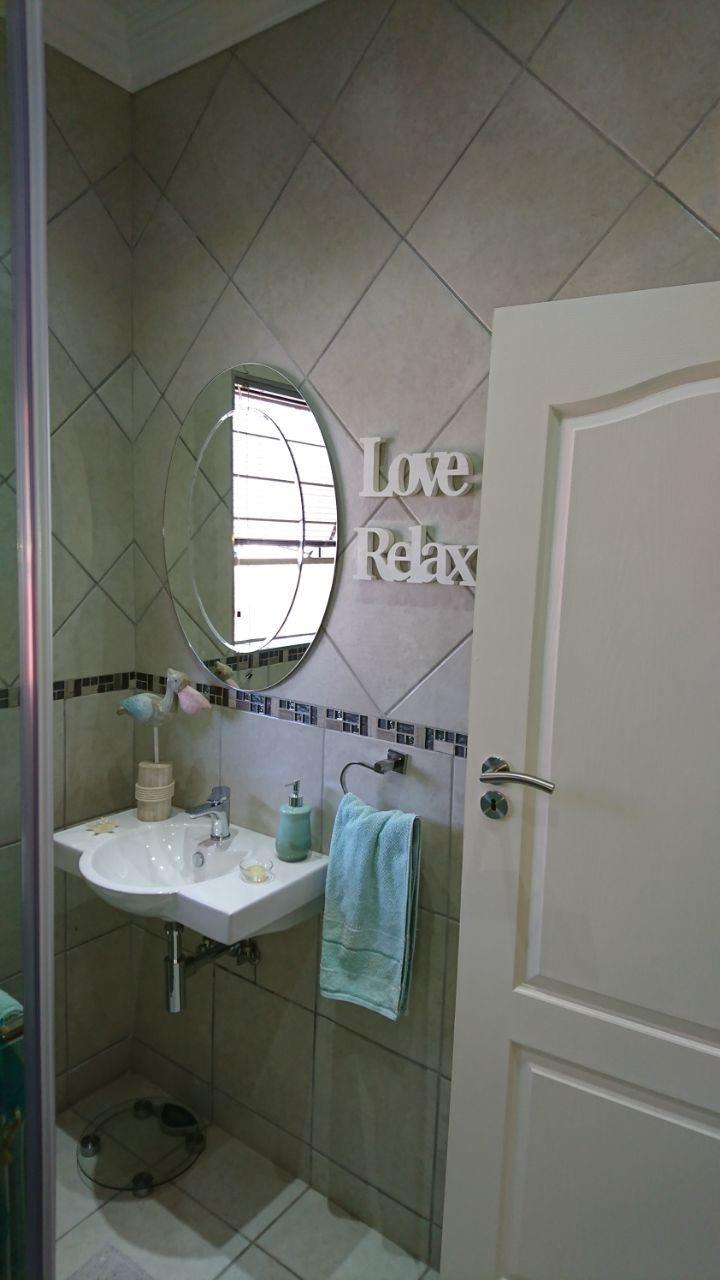 Theresapark property for sale. Ref No: 13566719. Picture no 15