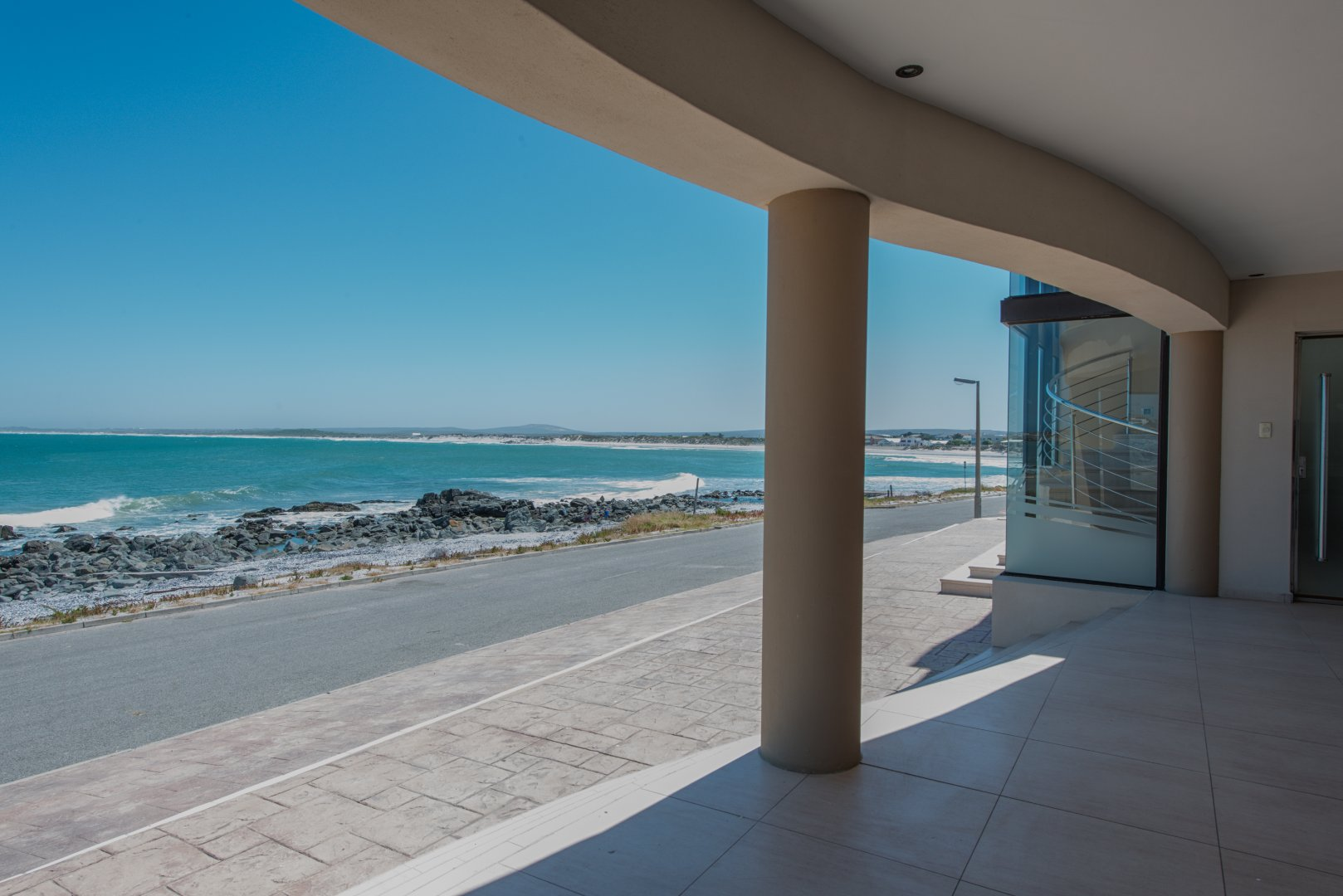 Yzerfontein property for sale. Ref No: 13543047. Picture no 4