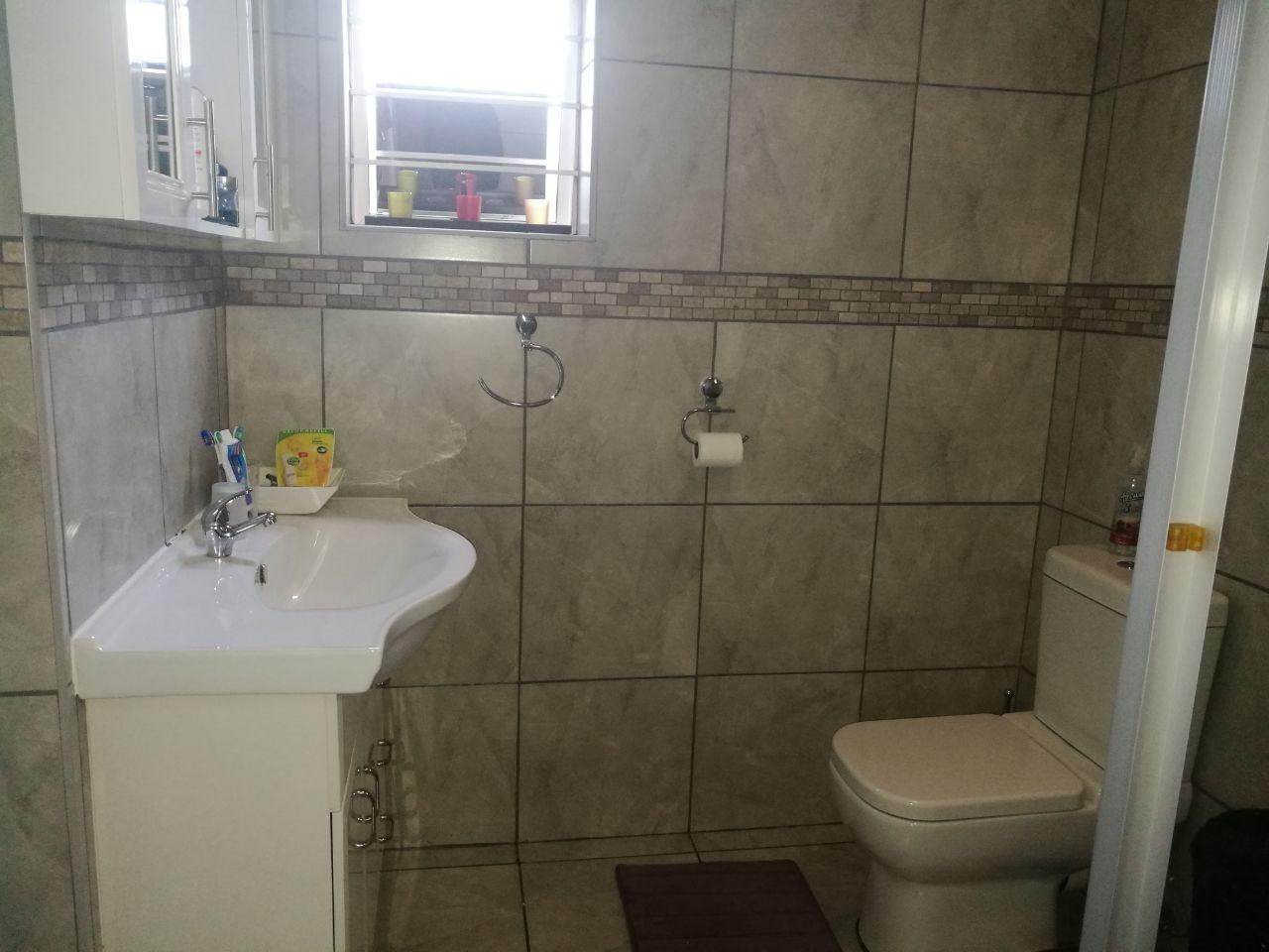 Veld En Vlei property for sale. Ref No: 13591933. Picture no 22