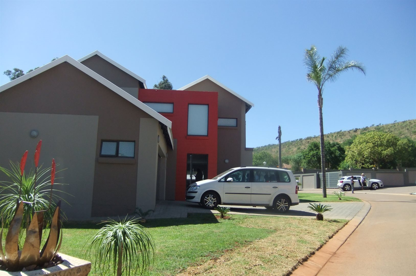 Magalieskruin property for sale. Ref No: 13545934. Picture no 26
