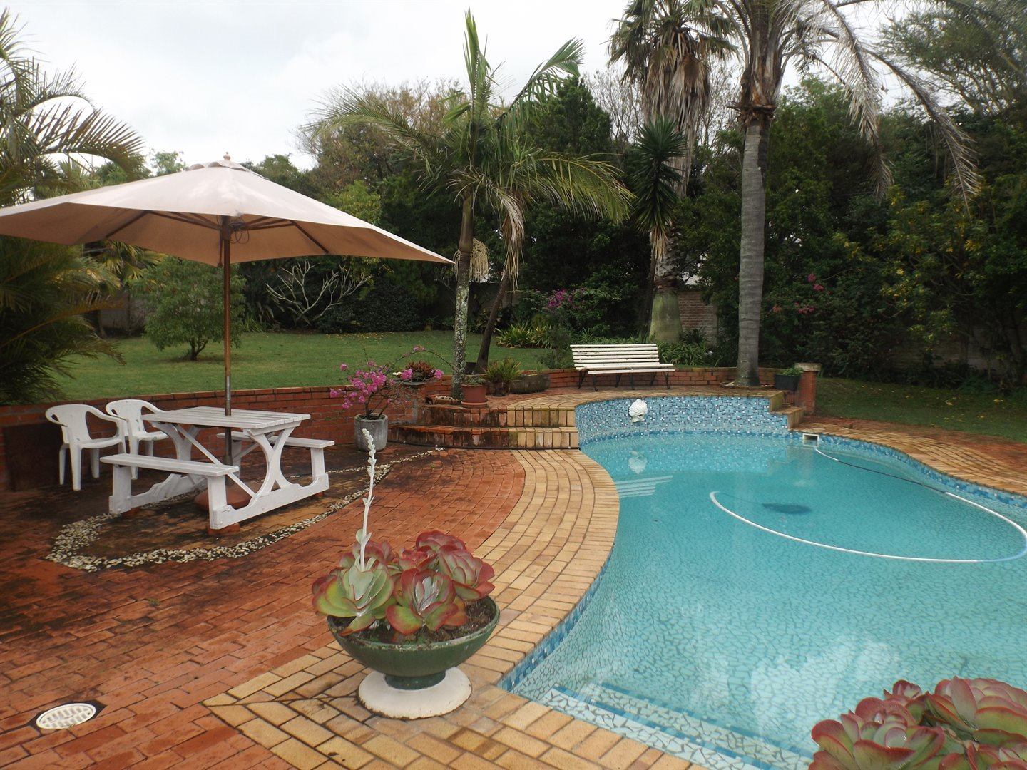 Property for Sale by DLC INC. ATTORNEYS Henry Sutherland, House, 3 Bedrooms - ZAR 2,195,000