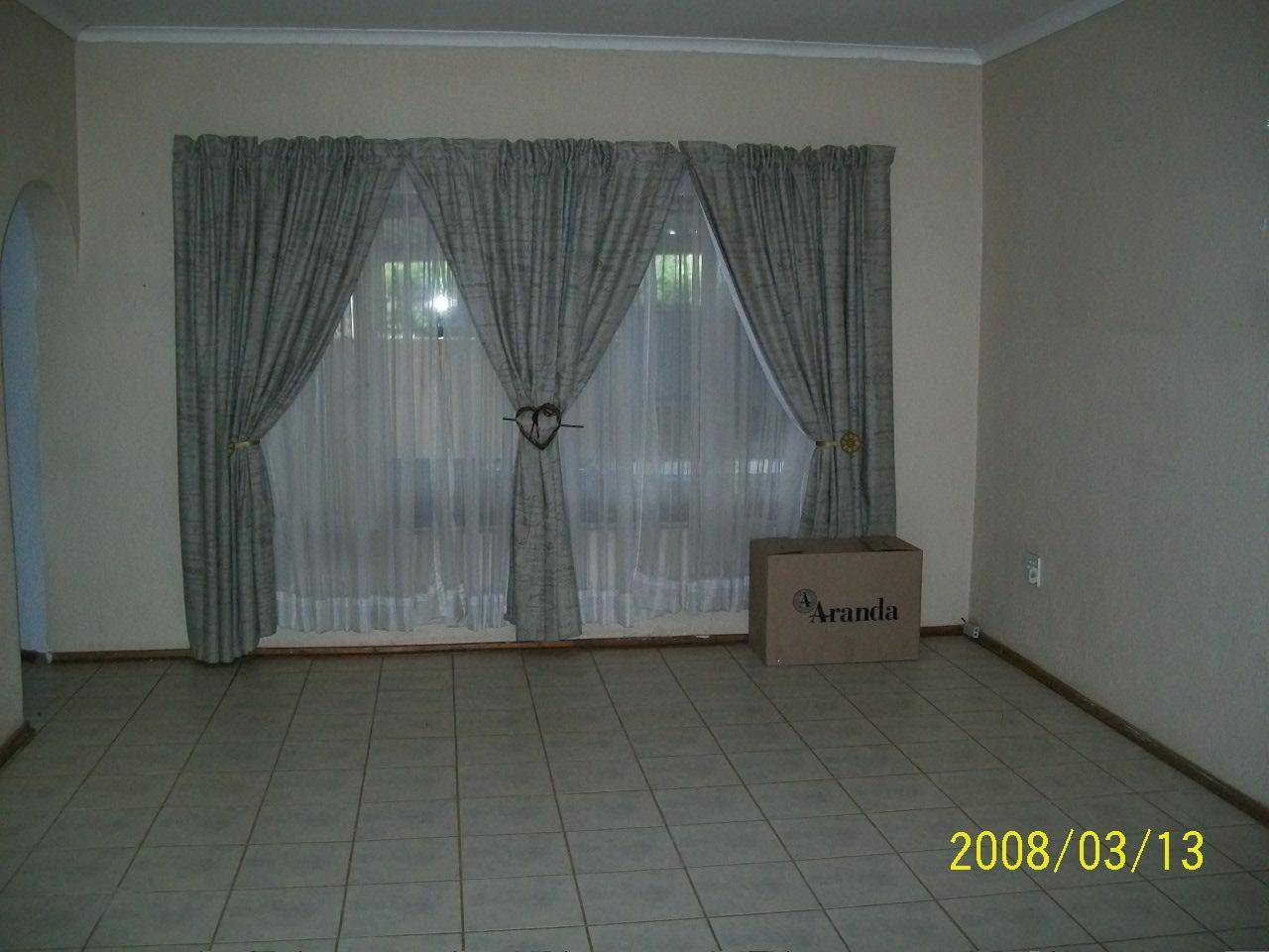 Eike Park property for sale. Ref No: 13440442. Picture no 5
