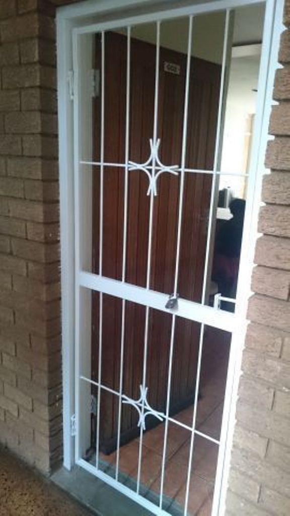 Pretoria North property for sale. Ref No: 13553021. Picture no 2