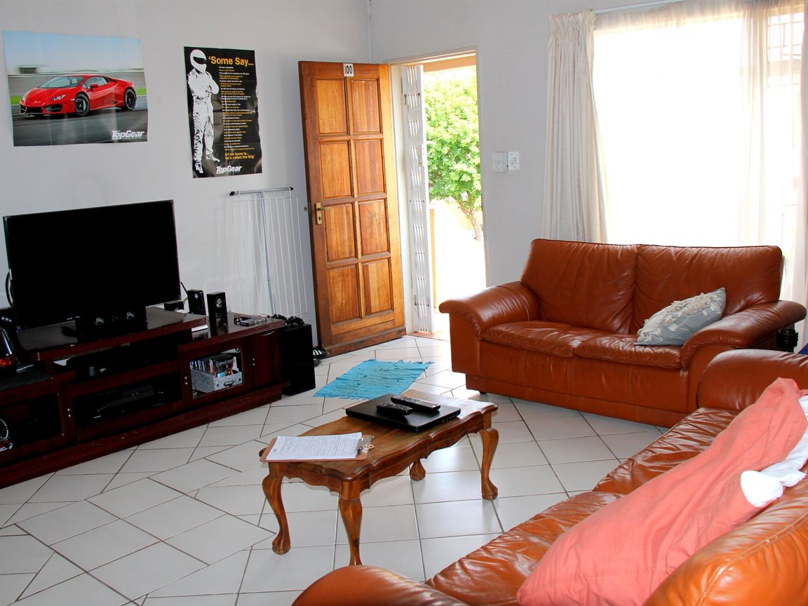 Kannoniers Park property for sale. Ref No: 13402358. Picture no 3