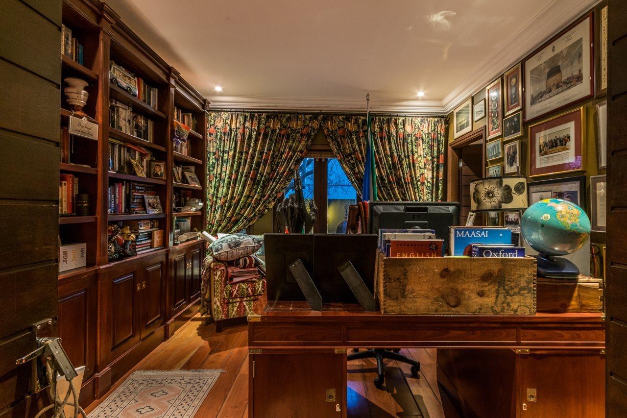 Dainfern Golf Estate property for sale. Ref No: 13521259. Picture no 11