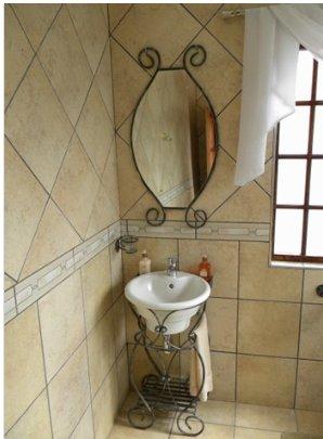 Alberante property for sale. Ref No: 13565489. Picture no 22
