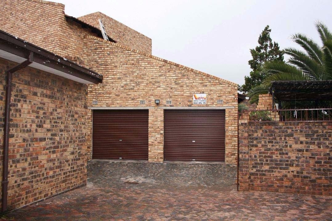Randfontein, Helikonpark Property    Houses For Sale Helikonpark, Helikonpark, Townhouse 3 bedrooms property for sale Price:980,000