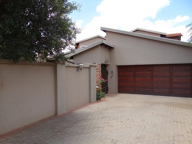 Centurion, Midfield Estate Property  | Houses To Rent Midfield Estate, Midfield Estate, House 3 bedrooms property to rent Price:, 21,00*