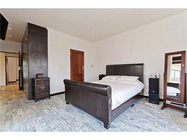 Midrand property for sale. Ref No: 13532319. Picture no 7