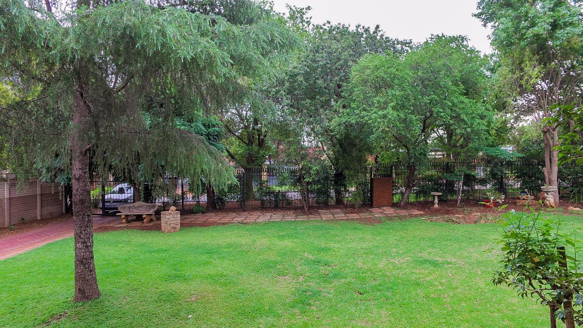Doringkloof property for sale. Ref No: 13554943. Picture no 6