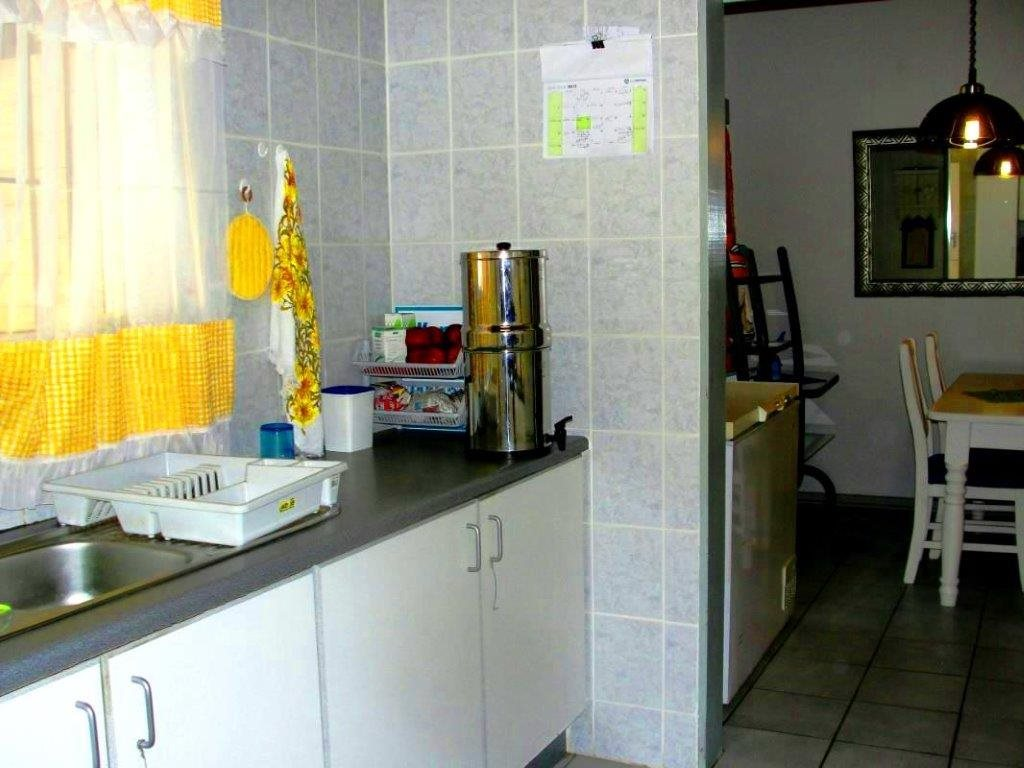Uvongo property for sale. Ref No: 12796684. Picture no 9