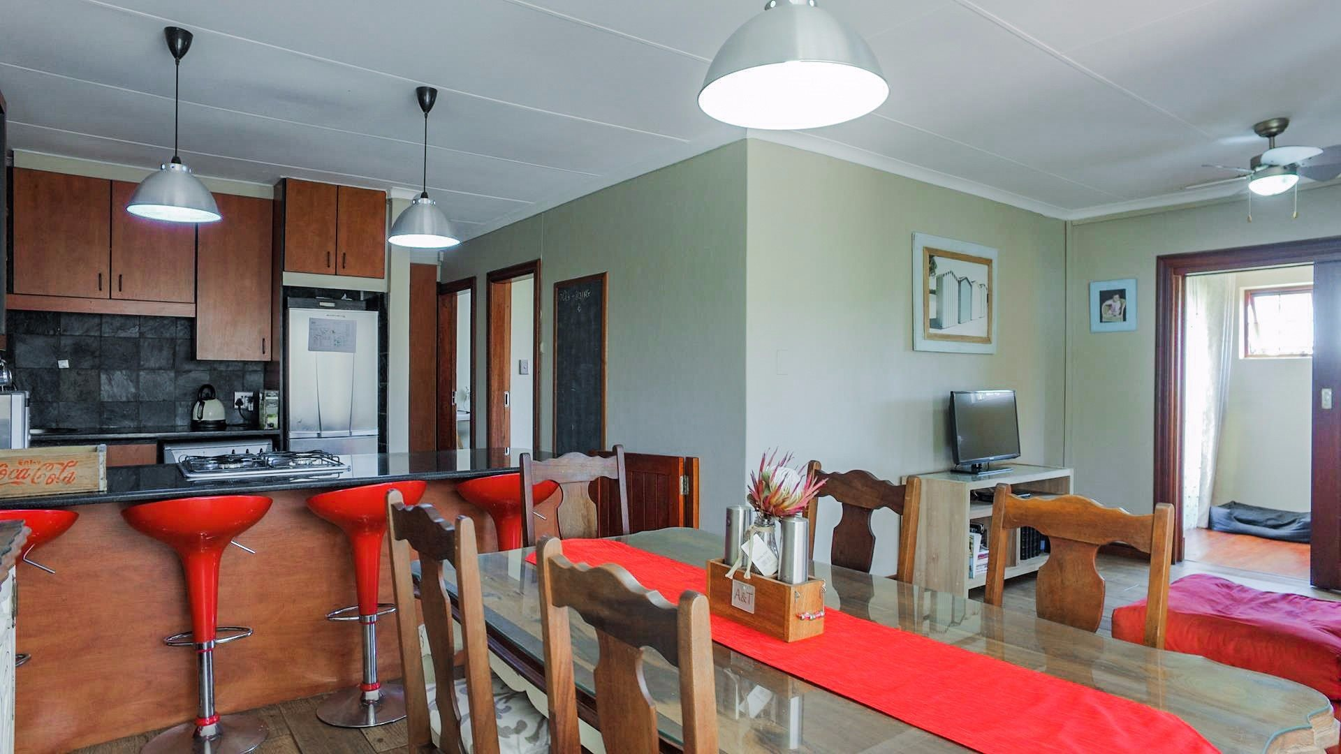 Highveld property for sale. Ref No: 13541901. Picture no 18