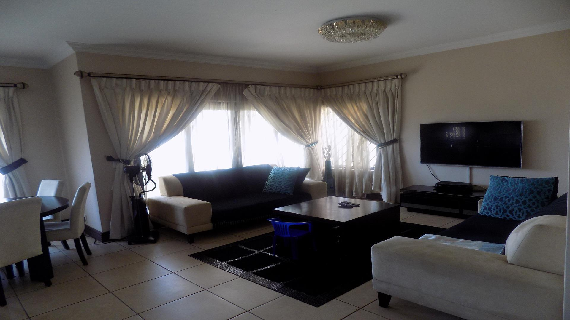 Eldo View property for sale. Ref No: 13443708. Picture no 3
