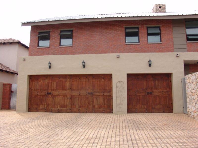 Midfield Estate property for sale. Ref No: 13319676. Picture no 20
