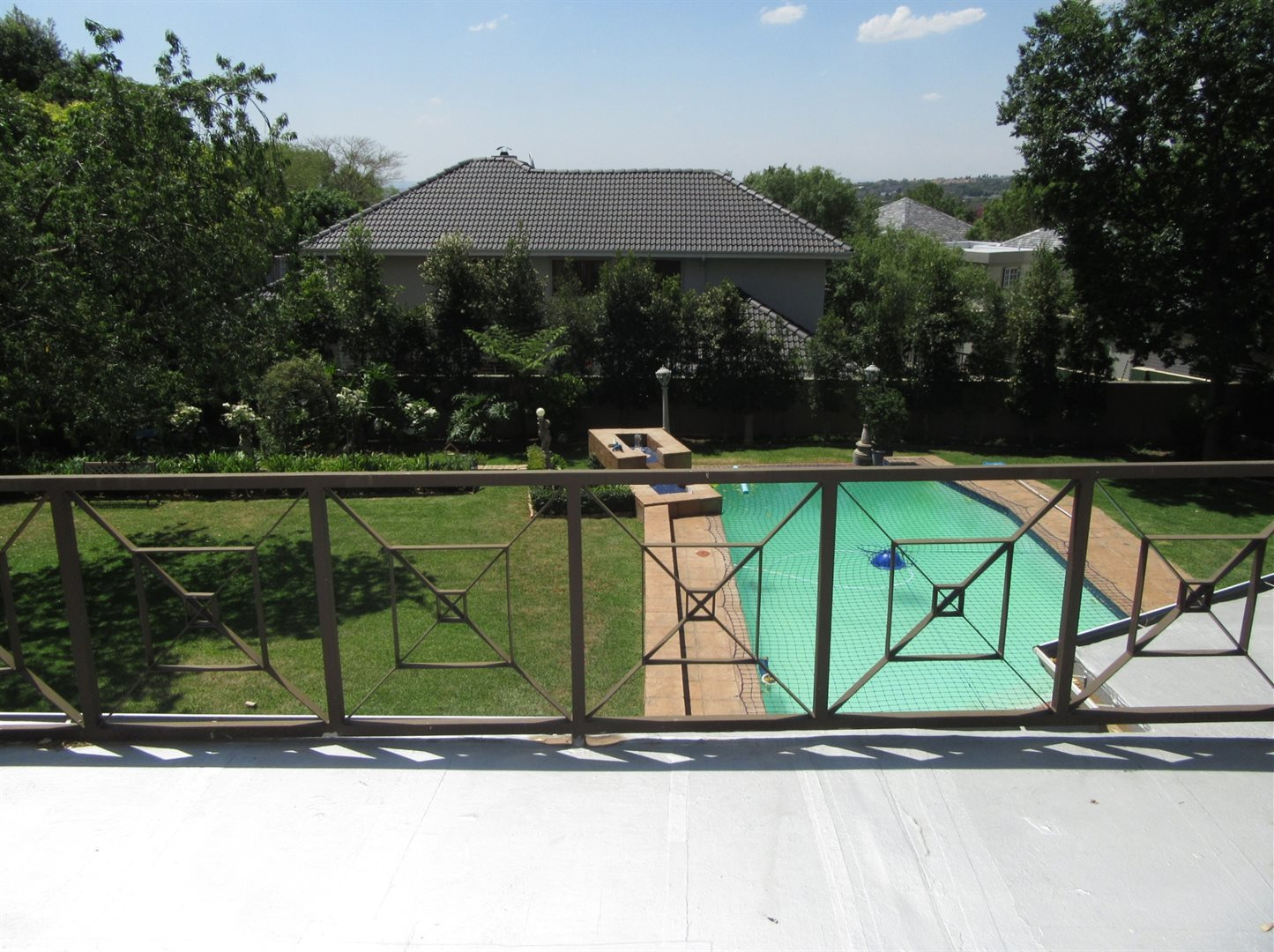 Bryanston property to rent. Ref No: 13553051. Picture no 34