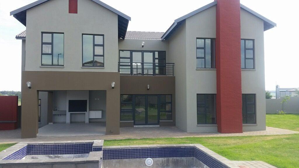 Midstream Ridge Estate property for sale. Ref No: 13379169. Picture no 2