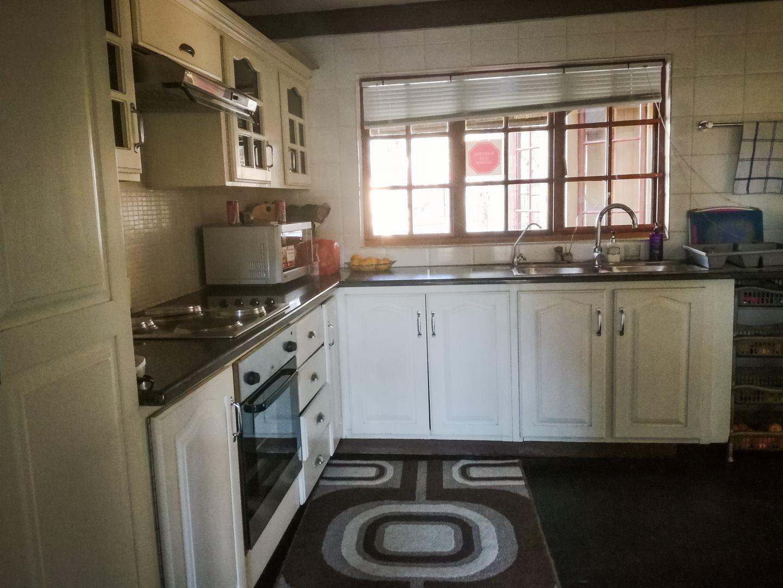 Zwartkop property to rent. Ref No: 13525797. Picture no 8