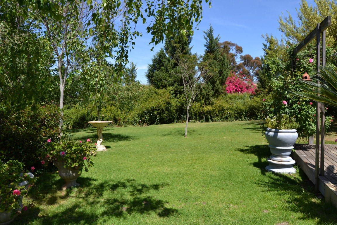 Paarl North property for sale. Ref No: 13409538. Picture no 9